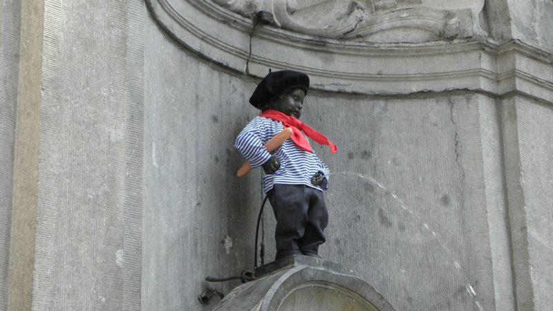socha brusel