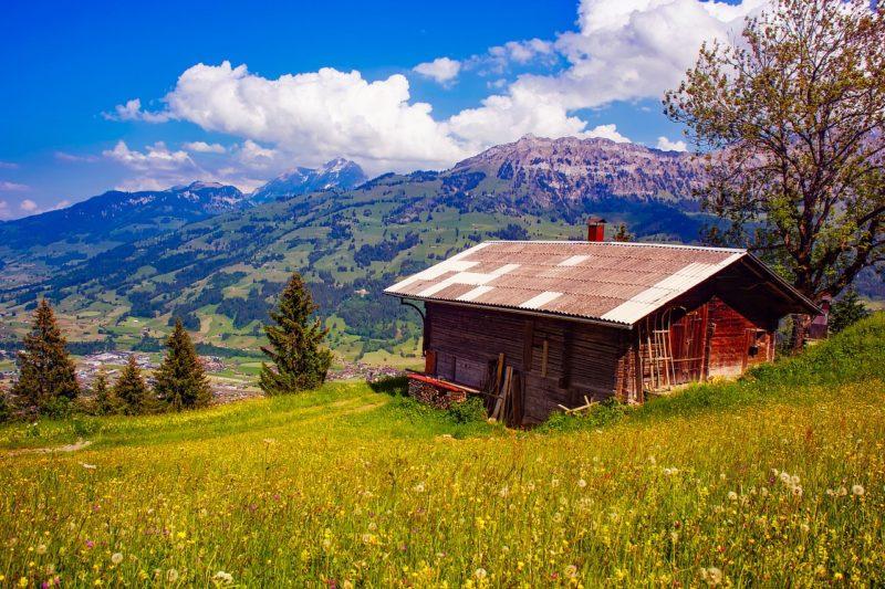 Švýcarsko je hornatá země nabízející spoustu zajímavostí.