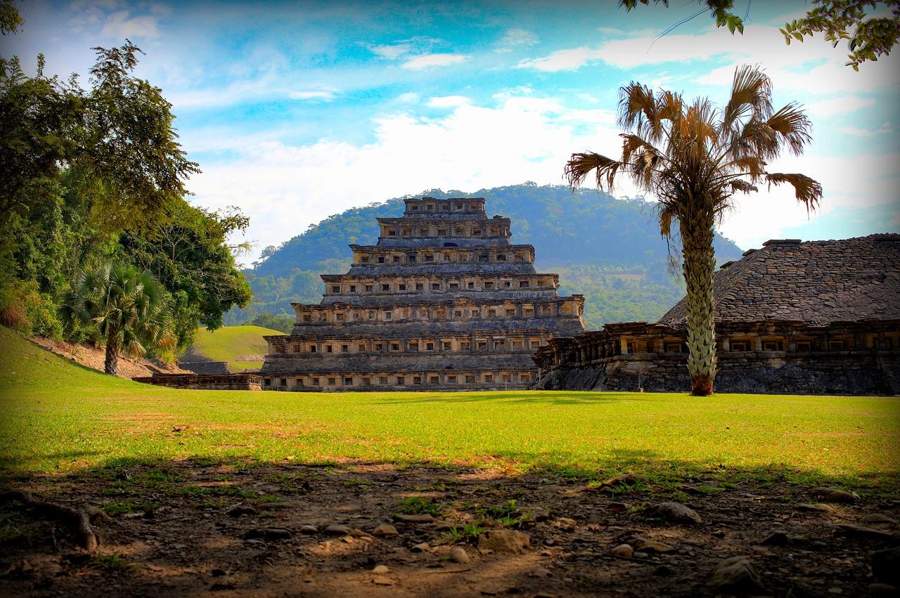 Mexiko má pěkné pláže, přírodu a mnoho památek.